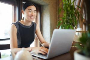 Female Founder Finds Learning Links Online